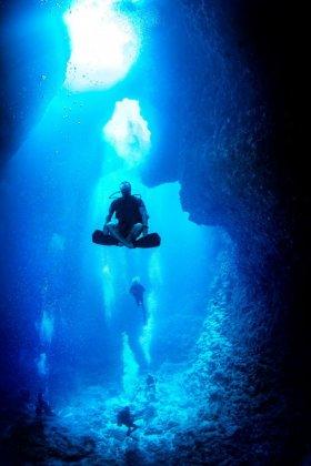 Caves, Palau